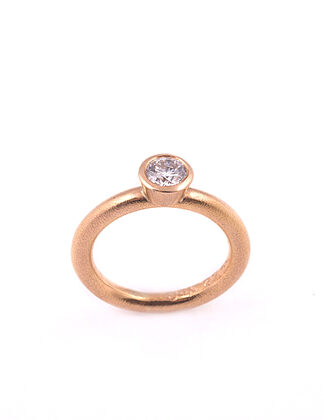 22ct rose gold 0.5ct diamond
